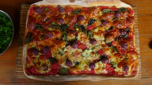 besan-and-plain-flour-base-pizza